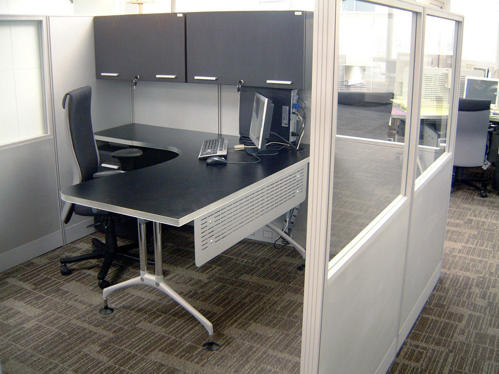 Aspenhome Warm Cherry Executive Modular Home Office: Industrial Customized Office Furniture