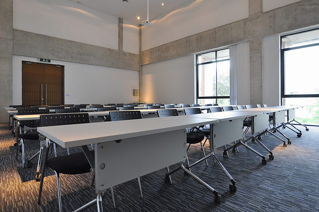 Training Room Practika Industrial Customized Office